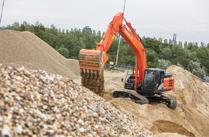 Hitachi Construction Machinery: динамичное движение вперед!