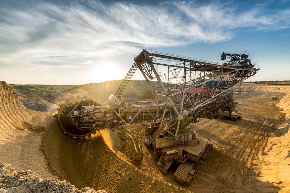 Владимир Рашевский: карьера  на угольных карьерах