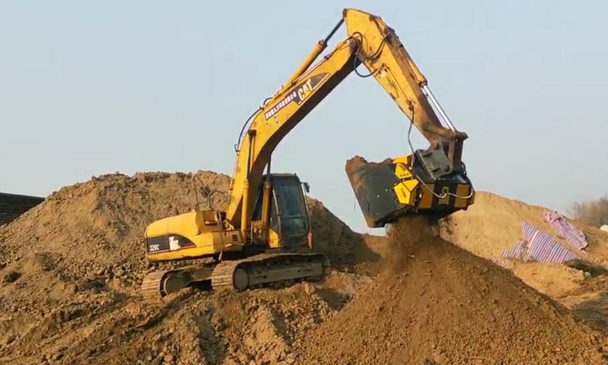 Грунт, камни и песок – как с ними обращаться на стройплощадке?